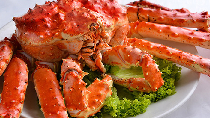 King crabs are dishes you should not miss in Phu Quoc