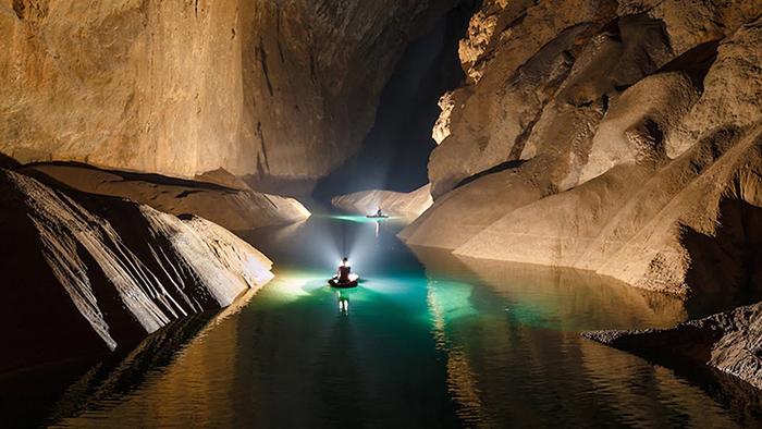 Exploring Son Doong Cave