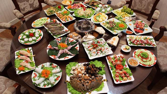 Hoang Quan restaurant Halong