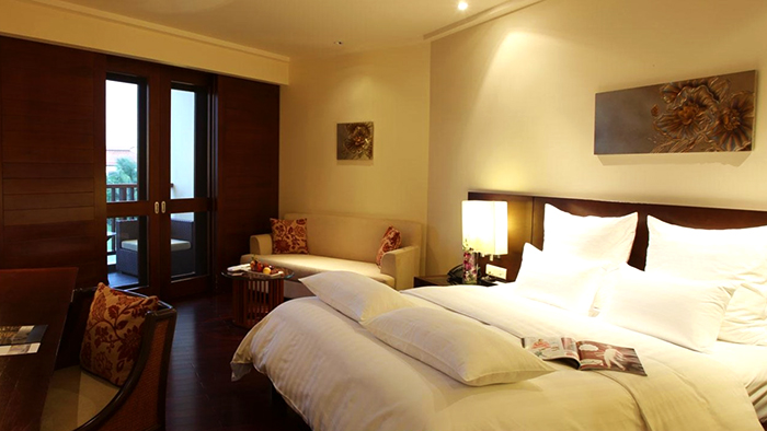 The warm atmosphere of Lan Vien hotel rooms