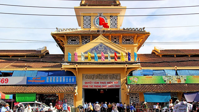 Welcome to Binh Tay Market