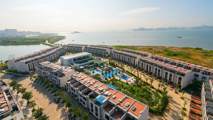 Royal Lotus hotel in Halong