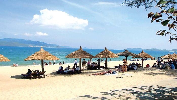 The beauty of Bai Truong beach