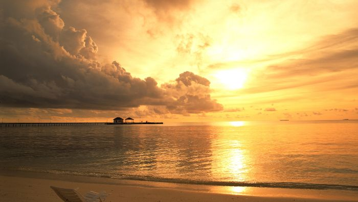The spectacular sunset in Kem beach