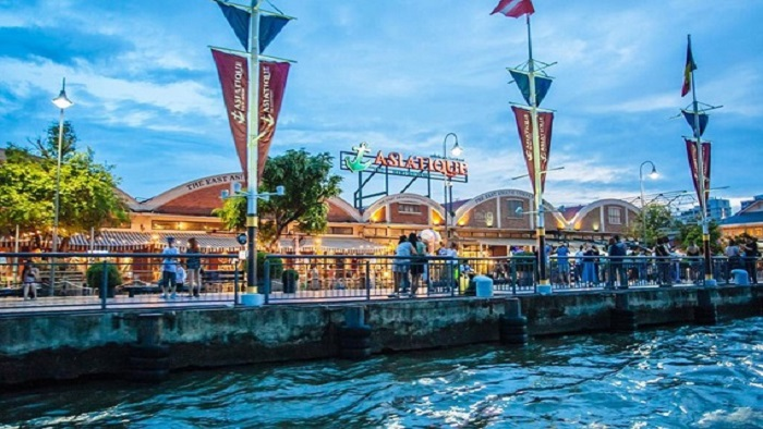 Asiatique The Riverfront - The shopping heaven in Thailand
