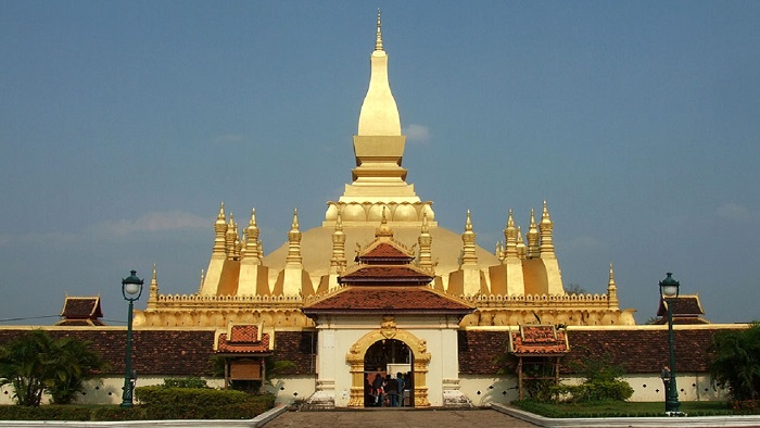 That Luang - the majestic construction in the heart of Vientiane
