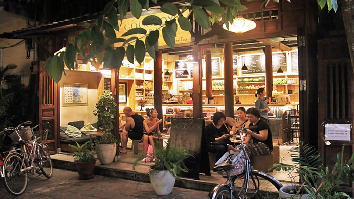 Top 7 featured drink shops you shouldn't miss in Hoi An ancient town (Editor's choice)
