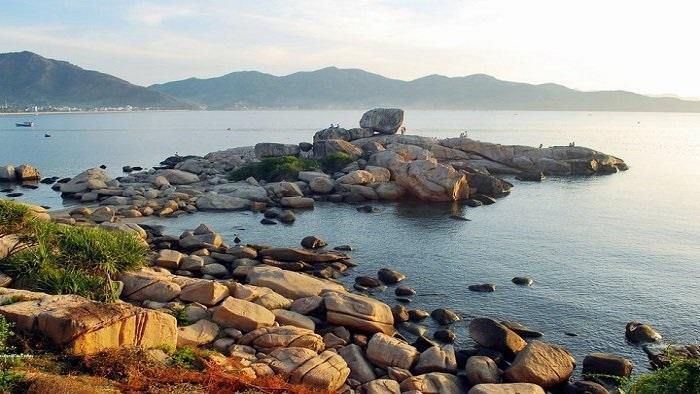 Admire the best beaches in Vietnam
