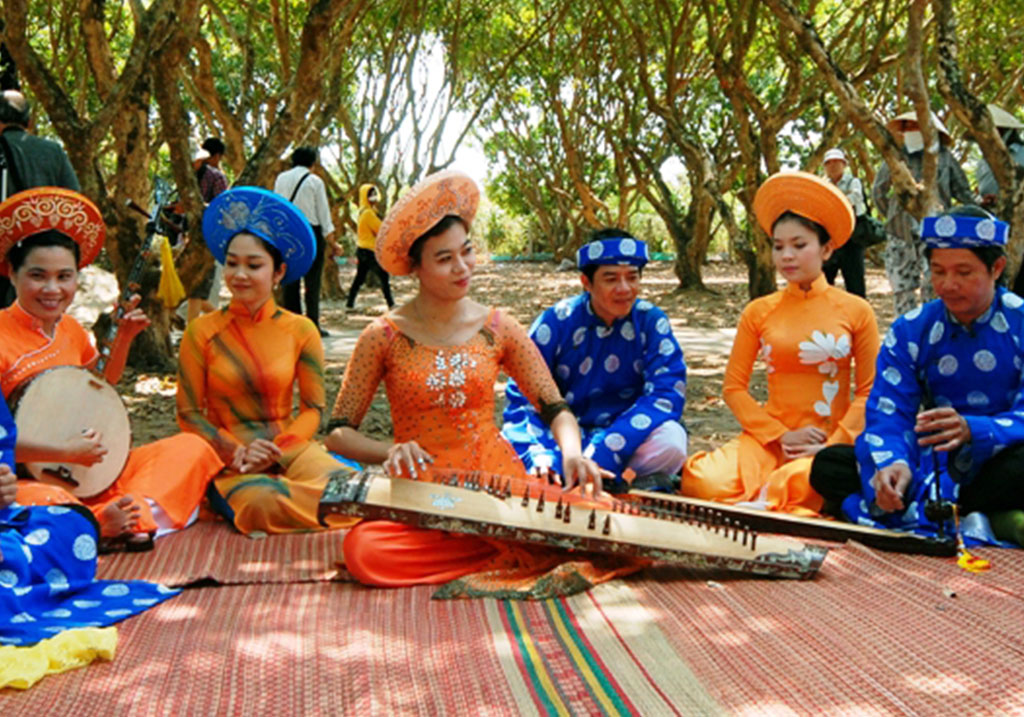 Discover Mekong Delta with folk song-Don ca tai tu