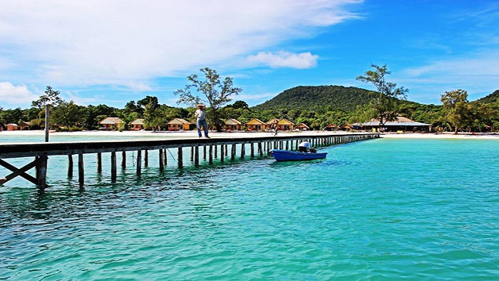 Which place will make your wonderful vacation in this summer - Phu Quoc or Koh Rong