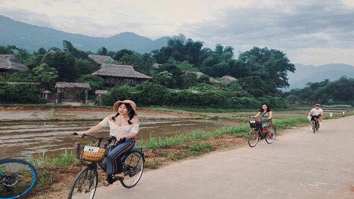 "Reasons why Mai Chau becomes a ""HOT"" tourist destination of Vietnam"