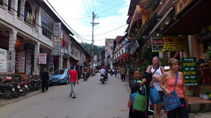 Sapa Walking Street on Weekend