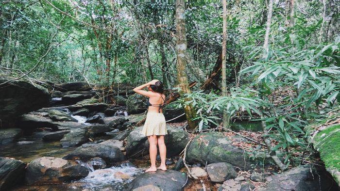 Enjoy in Tranh stream