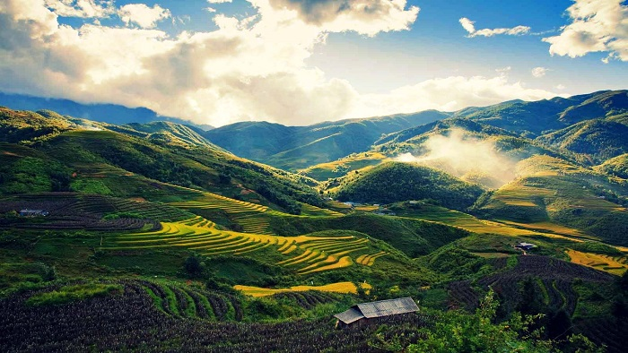 Travel in Sapa with electric cars